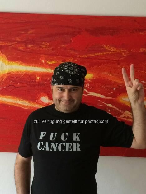 Kurt Kuch, News: Freitag werde ich aus dem LKH entlassen. Bestrahlungstherapie wird sofort beendet. Ich bin tumorfrei. Das Leben hat mich wieder!. Das war im August 2014. Doch der Krebs kehrte sehr rasch zurück. Kurt Kuch ist am 3.1.2015 verstorben. Sein Kampf, seine Hoffnungen, seine Updates werden unerreicht bleiben. RIP (21.08.2014)