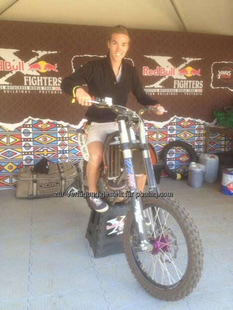 Gerald Pollak auf einem Bike der Red Bull X-Fighters Freestyle Motocross World Tour 2014 in Pretoria, Südafrika, © Gerald Pollak (24.08.2014)