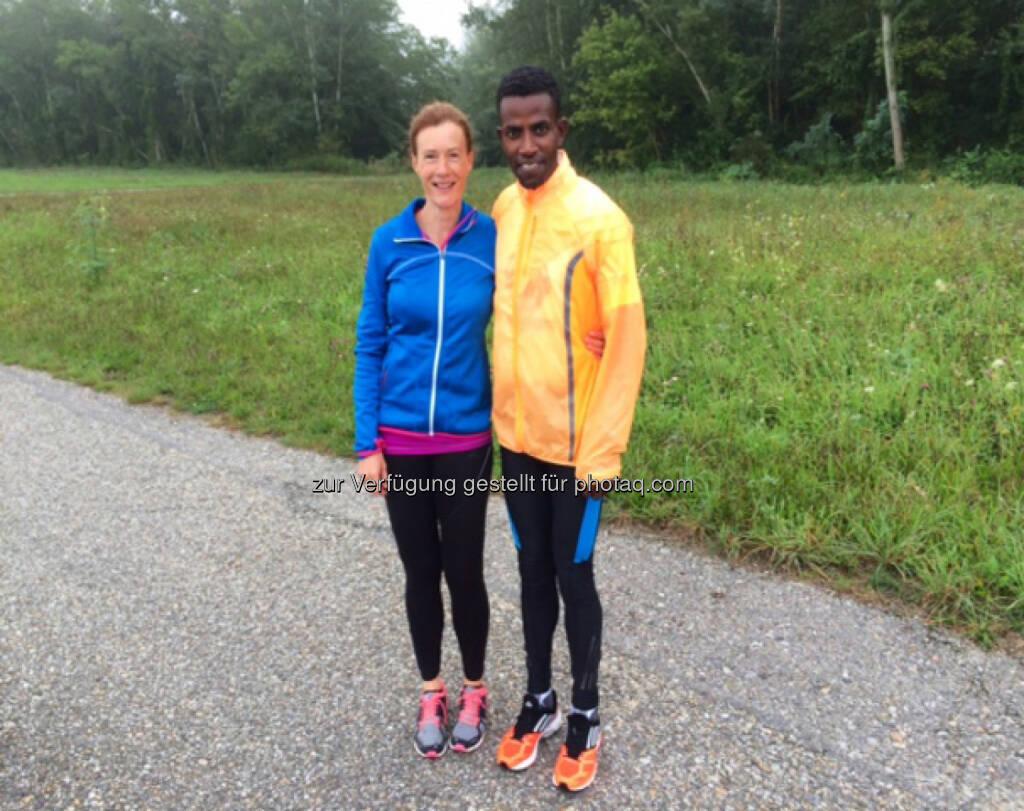 Martina Draper und Lemawork Ketema nach einer schnellen Runplugged Fotosession (31.08.2014)