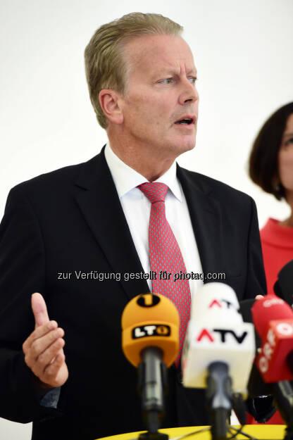 Reinhold Mitterlehner (Bild: ÖVP/Andreas Röbl) (31.08.2014)