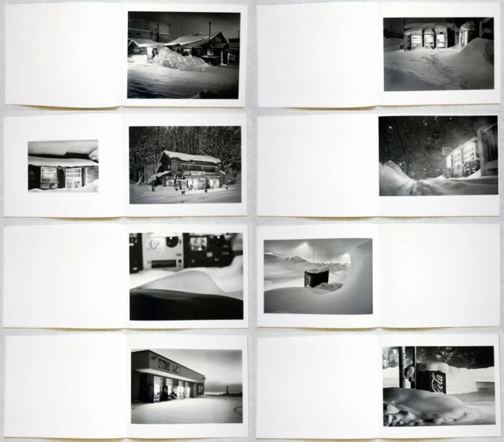 Eiji Ohashi - Roadside Lights, PhotoClassic, 2013, Beispielseiten, sample spreads - http://josefchladek.com/book/eiji_ohashi_-_roadside_lights, © (c) josefchladek.com (08.09.2014)
