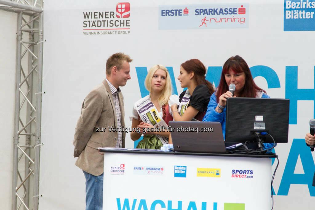 Miss Wachau Diana Süss und Miss Niederösterreich Claudia Kainz, Wachau Marathon 2014, © Milena Ioveva  (14.09.2014)