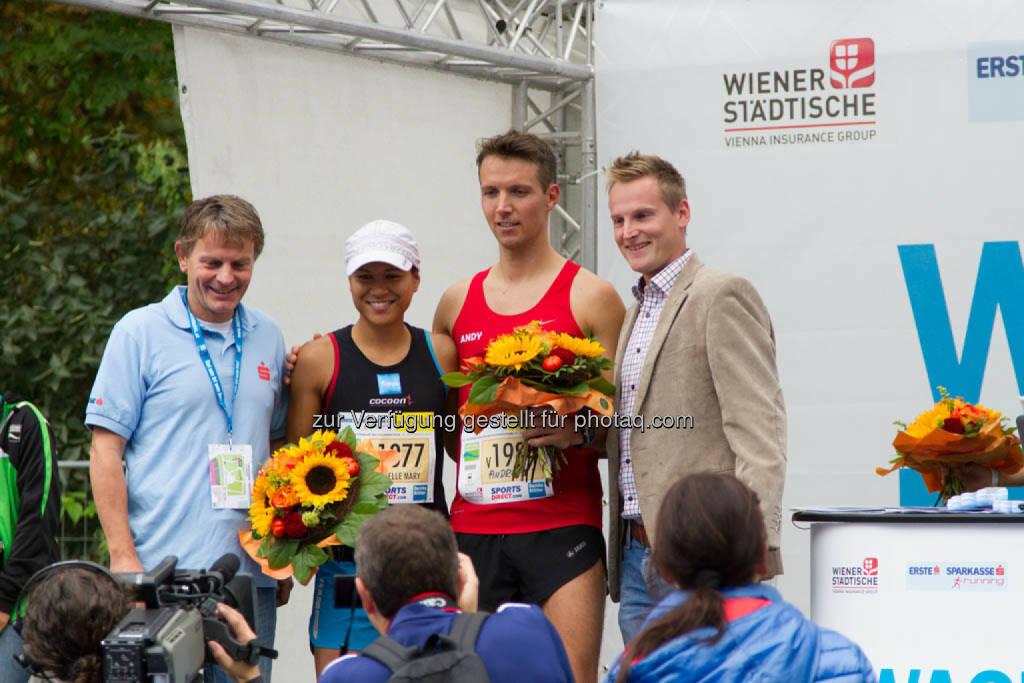 Annabelle Mary Konczer, Siegerin Viertelmarathon Damen und Stieglechner Andreas, 3. Platz Viertelmarathon Herren, Wachau Marathon 2014, © Milena Ioveva  (14.09.2014)