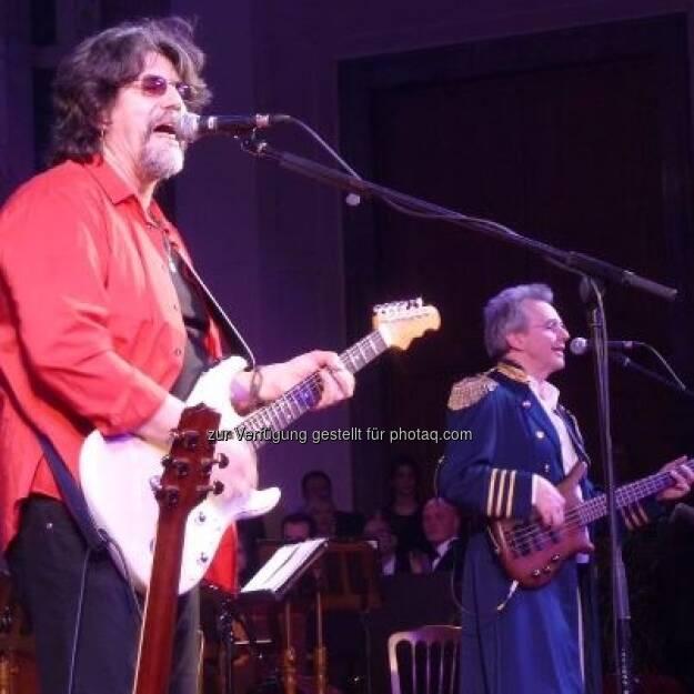 Das Electric Light Orchestra mit Jeff Lynne auf dem Immobilienball in Wien: Was, die gibt's wirklich noch? (c) Wilfried Seywald, mit freundlicher Genehmigung von ebendiesem (25.01.2013)
