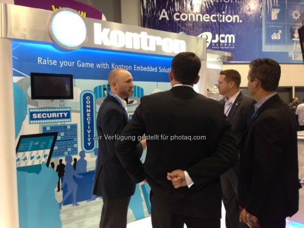 Kontron: Great day at #G2E2014! Use the opportunity stopping by our booth 3802 and win an executive gift and a tablet on day 3!  Source: http://facebook.com/kontron, © Aussender (02.10.2014)