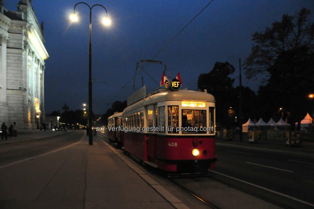 Rent-a-Bim: ORF Lange Nacht der Museen: Wie anno dazumal: Oldtimer-Straßenbahnen mit Schaffner fahren auf der Ringstraße, © Aussendung (03.10.2014)