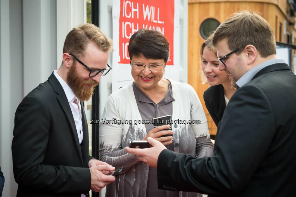 Daniel Cronin von Austrian Startups, Vizebürgermeisterin Renate Brauner: PID Presse- und Informationsdienst der Stadt Wien: Großer Andrang beim ersten Wiener Start-up Tag!, © Aussender (11.10.2014)