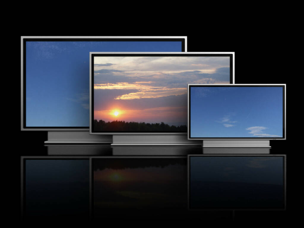 Fernseher, TV, TV-Gerät, http://www.shutterstock.com/de/pic-42778780/stock-photo--d-illustration-of-three-plasma-tv-over-black-background.html, © www.shutterstock.com (17.01.2018)