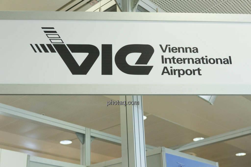 VIE, Flughafen Wien, © photaq/Martina Draper (16.10.2014)