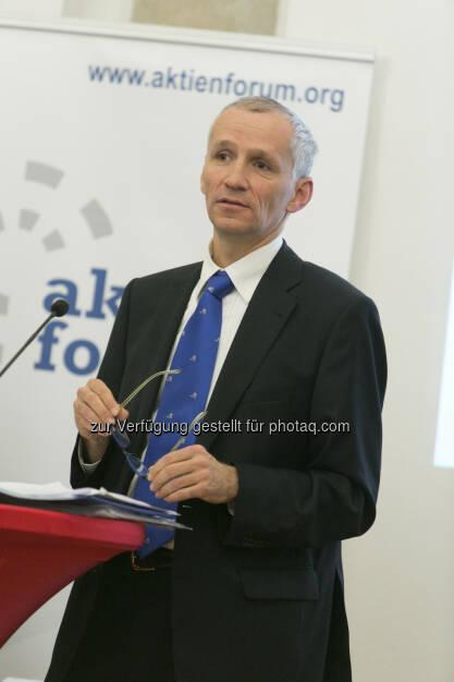 Fritz Zeder (Leiter einer Straflegislativabteilung, Bundesministerium für Justiz), © Martina Draper für Deloitte (30.01.2013)