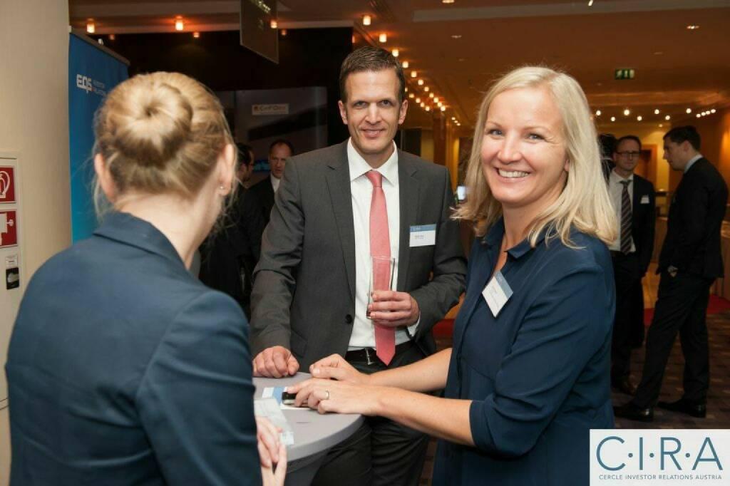 Stefan Heinz (EQS Group AG), Elis Karner (C.I.R.A.), © C.I.R.A. (21.10.2014)
