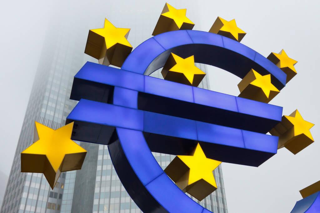 Euro Symbol, European Central Bank (ECB), EZB in Frankfurt - http://www.shutterstock.com/pic-124193863.html - www.shutterstock.com, © www.shutterstock.com (18.03.2018)