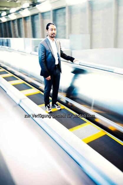 ThyssenKrupp: Linearmotor-Technologie der Magnetschwebebahn Transrapid erhält Einzug in wegweisendes Personentransportsystem. Accel erhöht das Einzugsgebiet von Metrostationen und sorgt für bis zu 30 % mehr Fahrgäste. In Flughafen-Terminals können die Transitzeiten zwischen den Gates um zwei Drittel verkürzt werden., © Aussendung (22.10.2014)