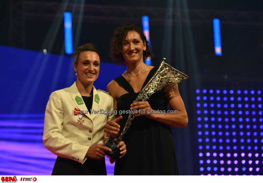 Lara Vadlau und Jolanta Ogar (AUT). Photo: GEPA pictures/ Michael Riedler, ©  Gepa pictures/ Michael Riedler (31.10.2014)