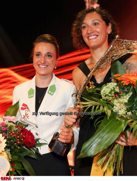 Lara Vadlau und Jolanda Ogar (AUT). Photo: GEPA pictures/ Christian Walgram, ©  Gepa pictures/ Michael Riedler (31.10.2014)