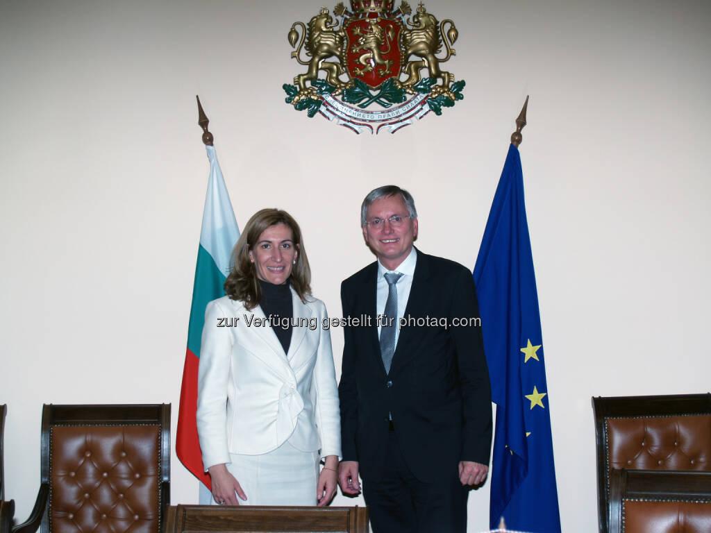 Alois Stöger und Nikolina Angelkova in Sofia: BM für Verkehr, Innovation und Technologie:Treffen mit bulgarischer Verkehrsministerin (03.11.2014)