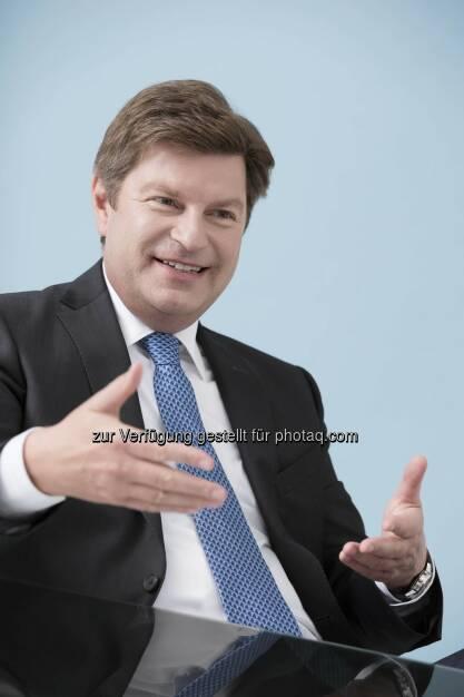 Thomas Heidenhofer, Country Manager Unibail-Rodamco Österreich: Unibail-Rodamco Austria Management GmbH: Aktuelle Weihnachtsstudie: Einkaufszentren trotzen dem Konjunkturtrend, © Aussender (03.11.2014)