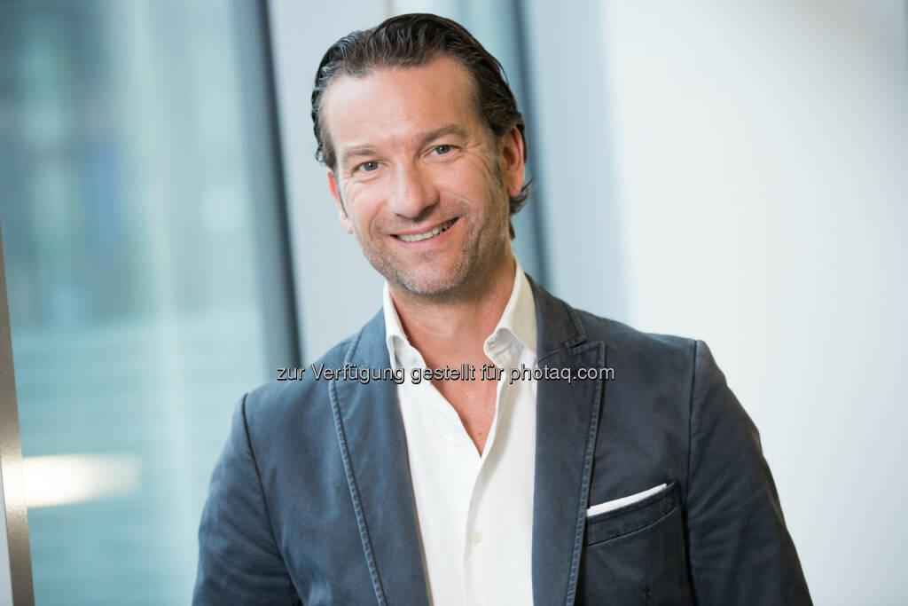 Oliver Krizek, Eigentümer und Geschäftsführer von der Navax Unternehmensgruppe, freut sich auf das SK Rapid Sponsoring, da er selbst SK Rapid Fan ist., © Aussendung (04.11.2014)