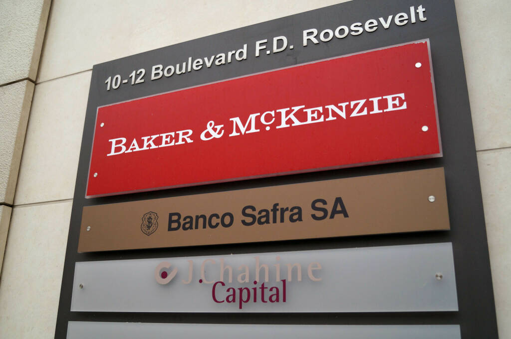 Banker & McKenzie (12.11.2014)