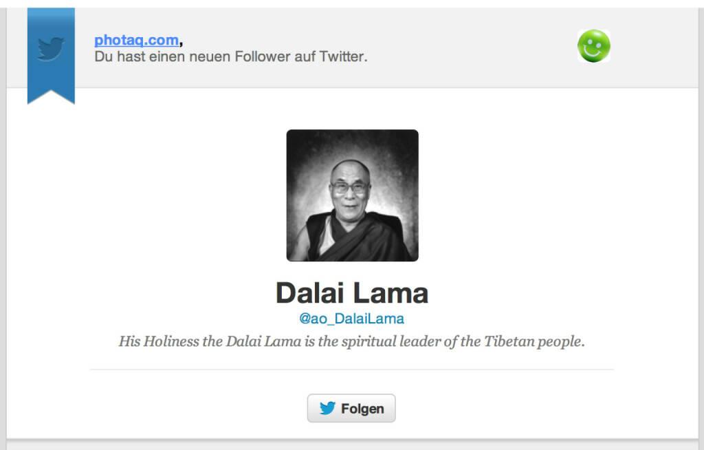 Der Dalai Lama folgt https://twitter.com/photaq  (13.11.2014)