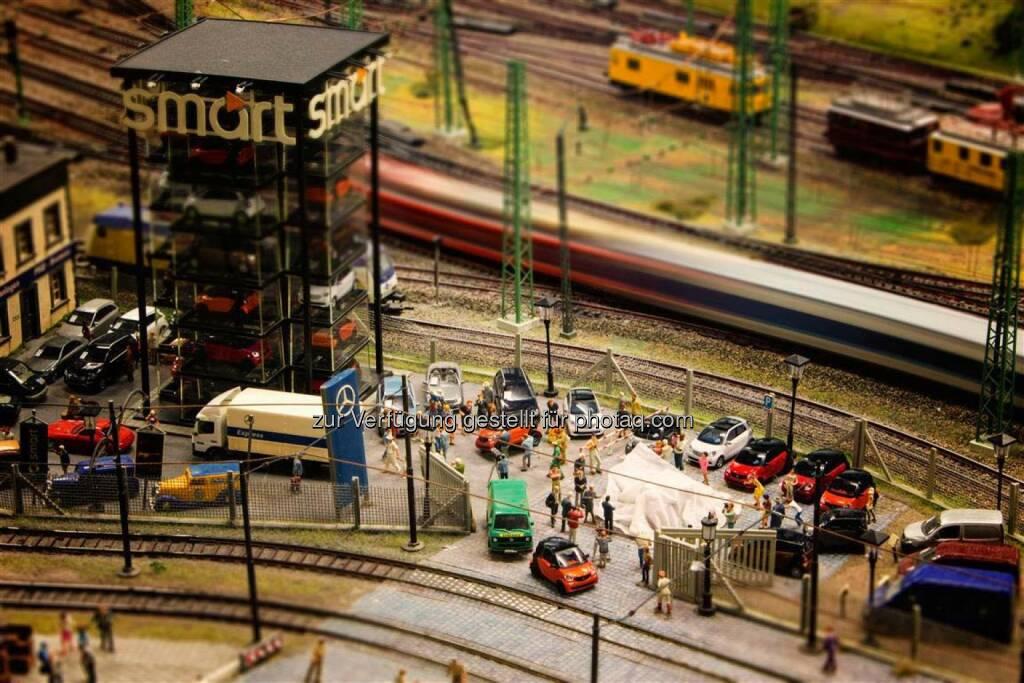 Daimler AG: Markteinführung smart BR 453 im Miniatur Wunderland HH. Im Miniatur Wunderland, der größten Modelleisenbahnanlage der Welt, fand schon jetzt der Modellwechsel bei smart statt., © Aussender (14.11.2014)