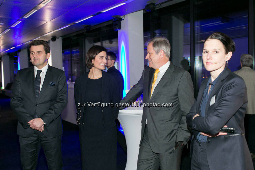 Dietmar Reindl (COO Immofinanz), Birgit Noggler (CFO Immofinanz), Eduard Zehetner (CEO Immofinanz), Bettina Schragl (Head of Corporate Communications Immofinanz), http://privatanleger.immofinanz.com/, © Martina Draper für Immofinanz (27.11.2014)