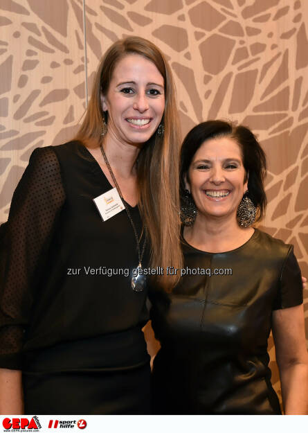 Verena Jandrasits und Romy Faisst. (Photo: GEPA pictures/ Martin Hoermandinger) (02.12.2014)