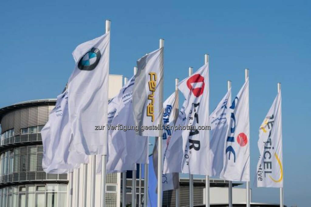 25 Jahre BMW in Wackersdorf, © Aussender (05.12.2014)
