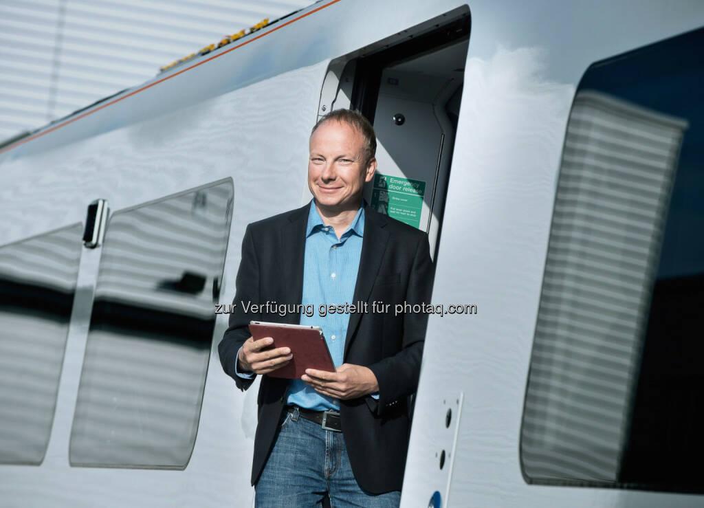 """Ralf Beyer hat einen webbasierten Service für Schienenfahrzeuge erfunden – eine Art virtuellen """"Bohrer"""". Siemens-Erfinder für innovative Bahntechnik ausgezeichnet. Copyright: Siemens AG , © Aussendung (05.12.2014)"""