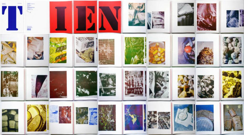Johannes Schwartz - Tiergarten, Roma Publications 2014, Beispielseiten, sample spreads - http://josefchladek.com/book/johannes_schwartz_-_tiergarten, © (c) josefchladek.com (07.12.2014)