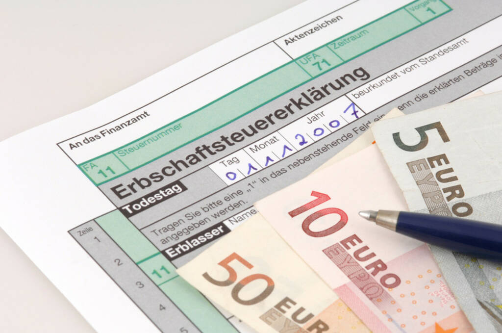 Erben, Erbe, Erbschaftssteuer, http://www.shutterstock.com/de/pic-5001661/stock-photo-tax-form-for-the-german-inheritance-tax-ready-to-complete.html, © www.shutterstock.com (17.01.2018)