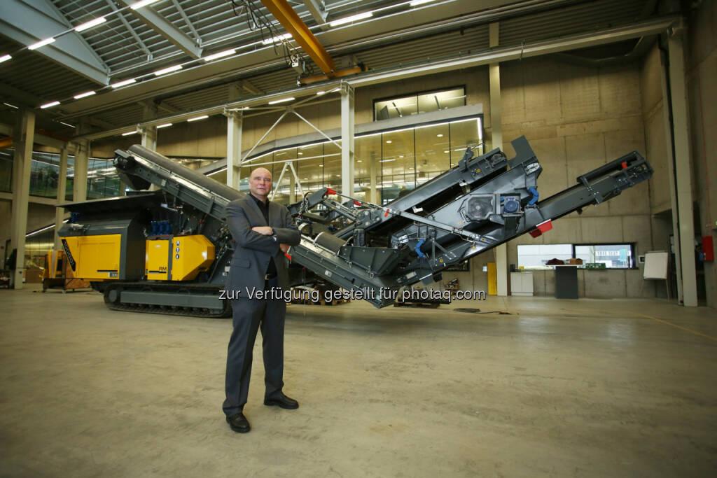 Gerald Hanisch (CEO Rubble Master) - Bei einer Exportquote von 92% im Geschäftsjahr 2014 konnte der Linzer Betrieb einen Gesamtumsatz von 40 Millionen Euro erwirtschaften. Damit steigerte sich der Umsatz um 3% gegenüber dem Vorjahr. (Bild: RM), © Aussender (18.12.2014)