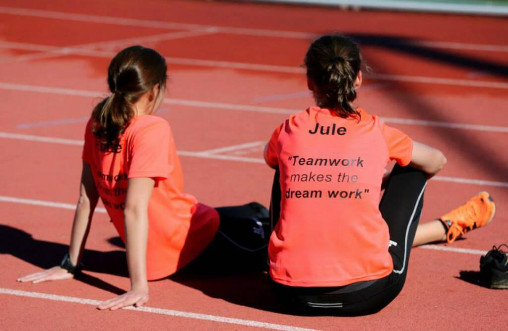 Teamwork makes the dream work, © Wilhelm Lilge (04.01.2015)