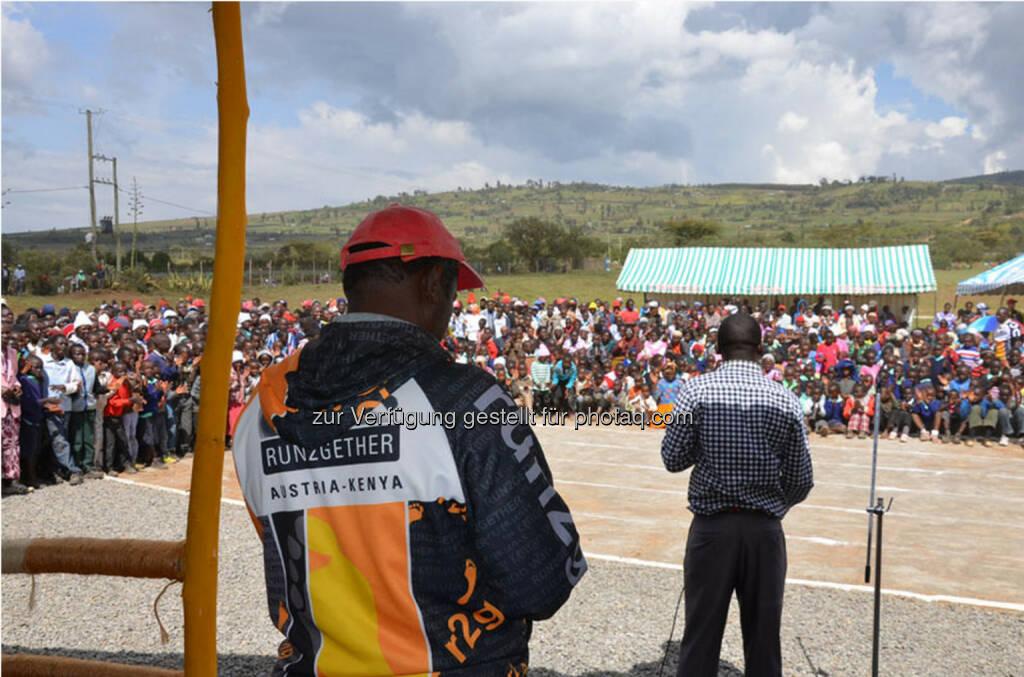 Eröffnung des Run2gether- Kiambogo Primary School – Stadium, © Run2gether (07.01.2015)