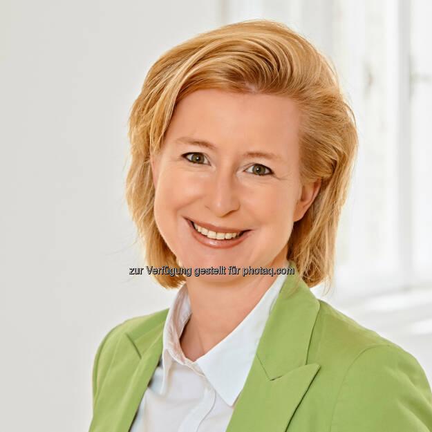 Birgit Kraft-Kinz, Obfrau der Fachgruppe Werbung und Marktkommunikation der Wirtschaftskammer Wien, bleibt als Vertreterin von mehr als 9.000 Unternehmern bei der Forderung zur Abschaffung der Werbeabgabe. Sie tritt für eine Entlastung der Unternehmer in Form eines Konjunkturbelebungspakets ein., © Aussender (09.01.2015)
