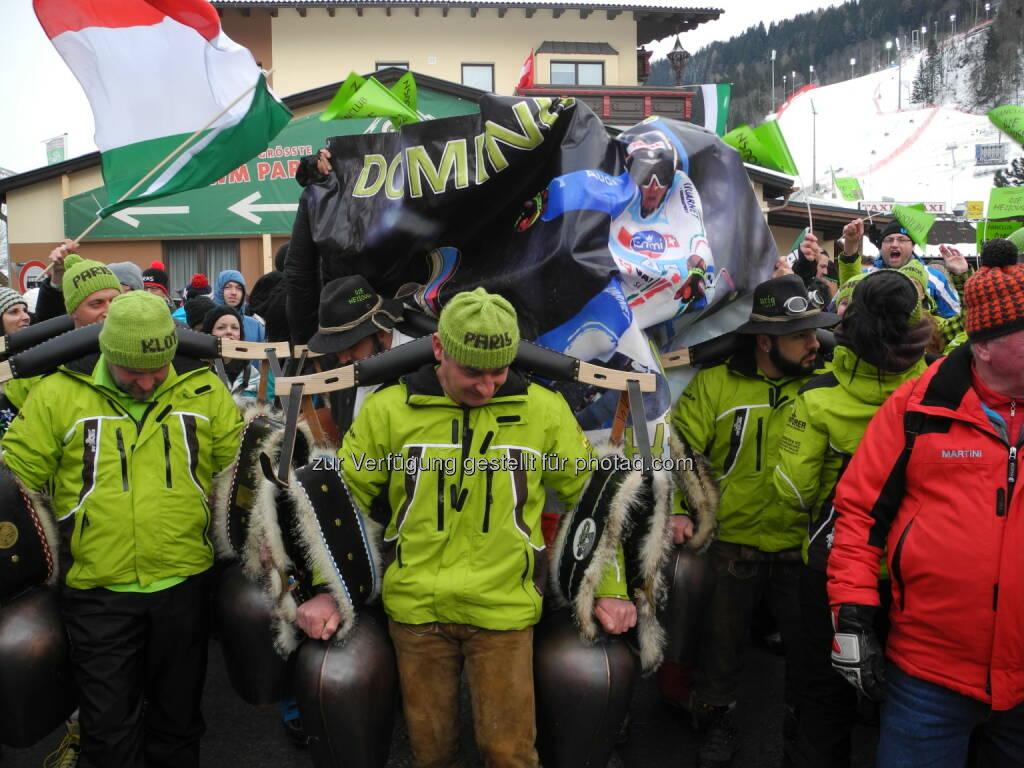 Der gemeinsame Fanclub von Dominik Paris und Siegmar Klotz nimmt auch an der Fan-Parade teil - http://voestalpine-wm-blog.at/2013/02/11/christof-innerhofer-hat-die-besten-fans/#.URjz_o7aK_Q , &copy; <a href=
