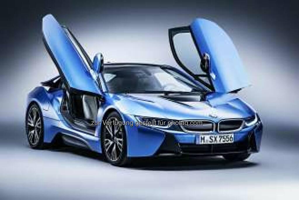 """BMW bei der Leserwahl von """"auto motor und sport"""" ausgezeichnet. BMW 5er Reihe bei """"Best Cars 2015"""" erfolgreich, BMW i8 gewinnt """"International Paul Pietsch Award""""., © Aussendung (29.01.2015)"""