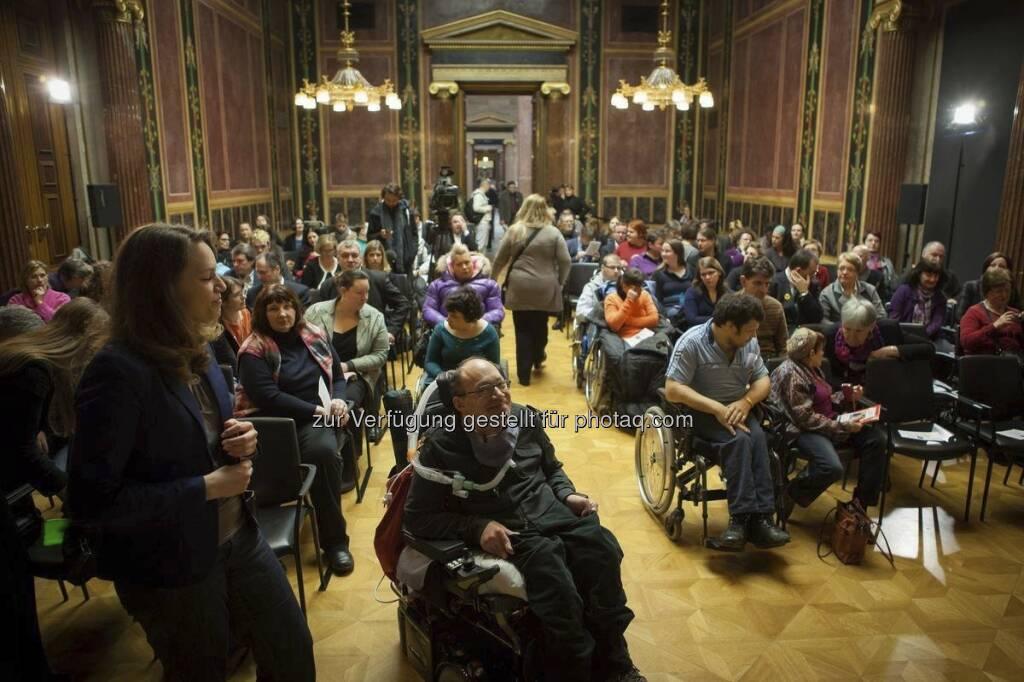 Zu einem Politischen Aschermittwoch aus anderer Sicht hat ÖVP-Behindertensprecher und Selbstbetroffener Franz-Joseph Huainigg ins Parlament geladen. Alle Fotos auf: http://www.oevp.at/index.aspx?pageid=37421 (c) ÖVP  (13.02.2013)