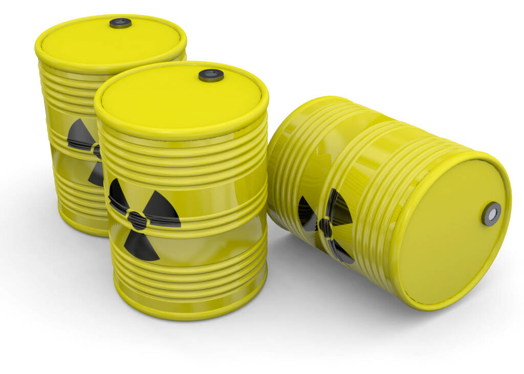 Uran, Atomkraft, Atommüll, Gefahr http://www.shutterstock.com/de/pic-247451770/stock-photo-debris-atomic-energy-on-white-background.html, © www.shutterstock.com (03.02.2015)