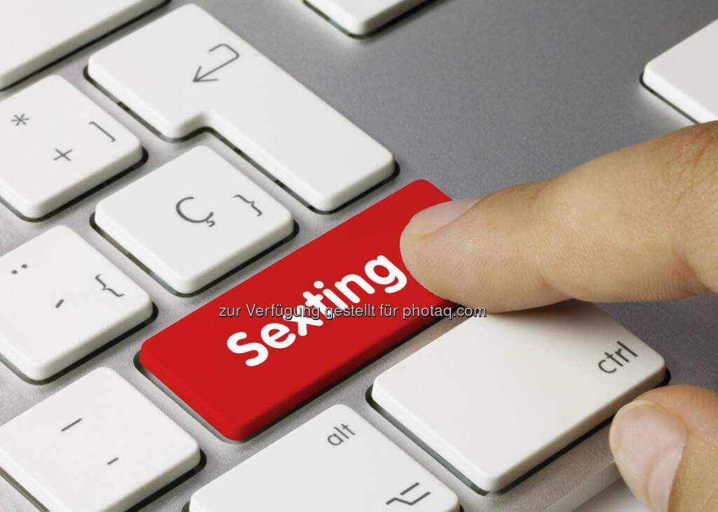 Sexting - Saferinternet.at aktuelle Studie: Versand von eigenen Nacktaufnahmen unter Jugendlichen nimmt zu, © Aussender (05.02.2015)