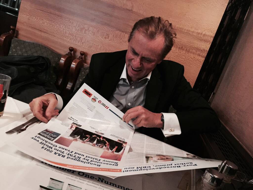 Mit Wegbegleiter Andy Dressler u.a. über den Runplugged Business Athlete Award http://www.runplugged.com/baa plaudern (08.02.2015)