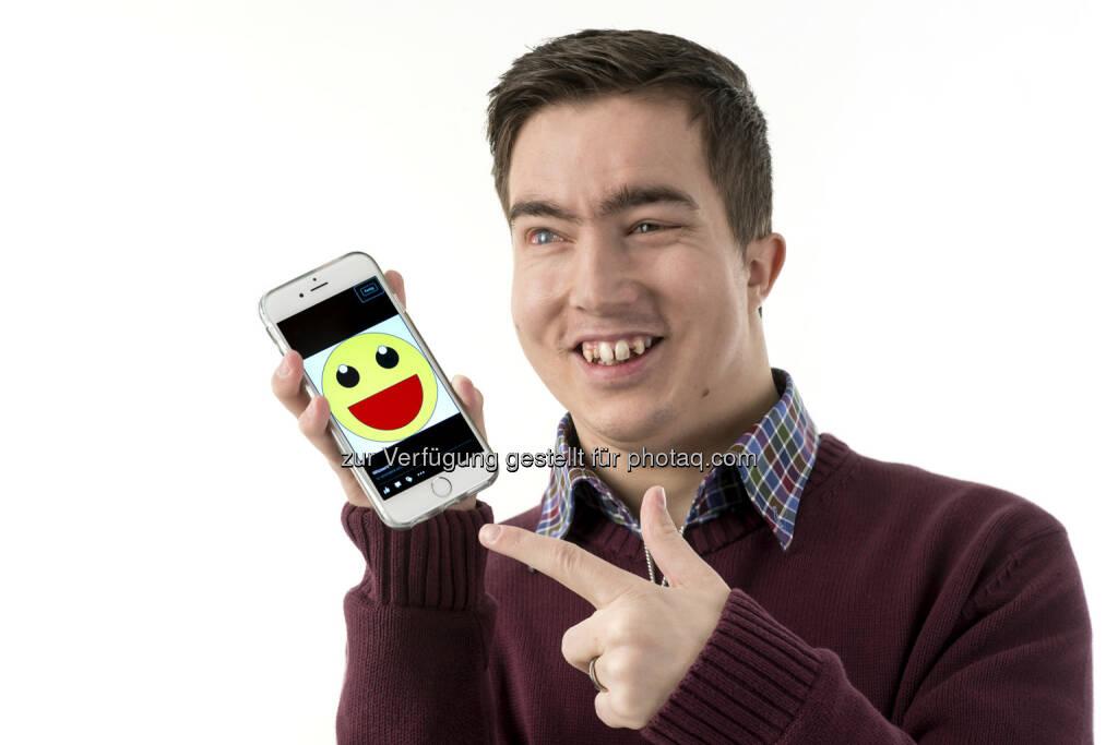 Witzservice Ferdinand Grebenz: Täglich um 7 Uhr 15 einen Witz direkt auf das Smartphone - eine neue App macht's möglich: WitzService heißt dieses lustige Programm, das jetzt in deutscher Sprache weltweit zur Verfügung steht (12.02.2015)