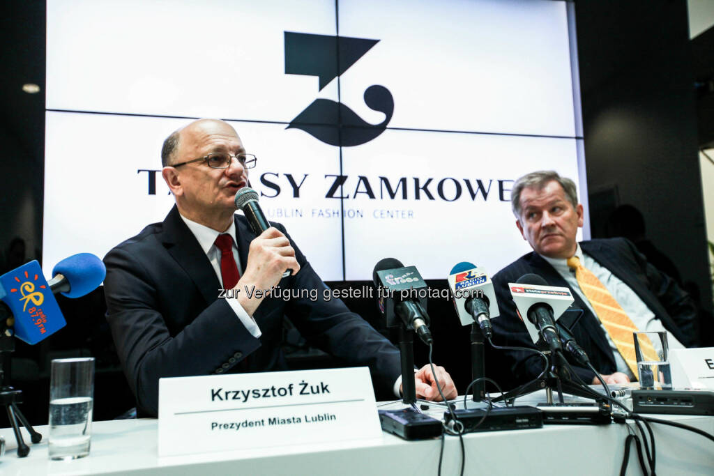 Krzysztof Żuk (Mayor of the City of Lublin), Eduard Zehetner (CEO Immofinanz Group): anlässlich der Eröffnung des Shopping Center Tarasy Zamkowe in Lublin, © Aussendung (04.03.2015)