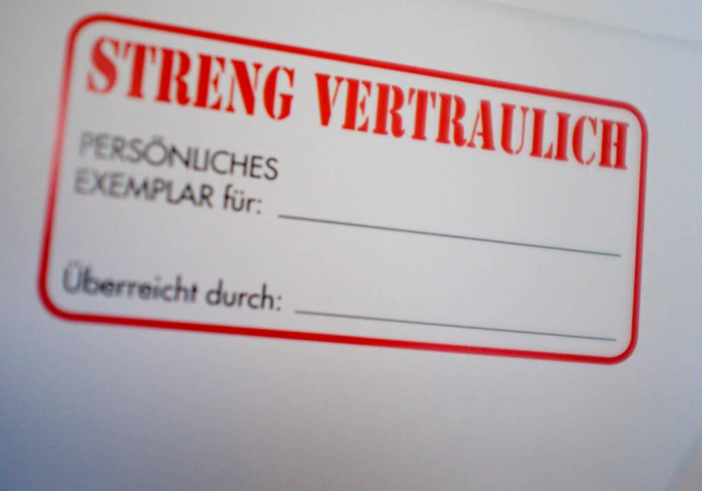 Streng Vertraulich, © diverse Handypics mit freundlicher Genehmigung von photaq.com-Freunden (16.03.2015)