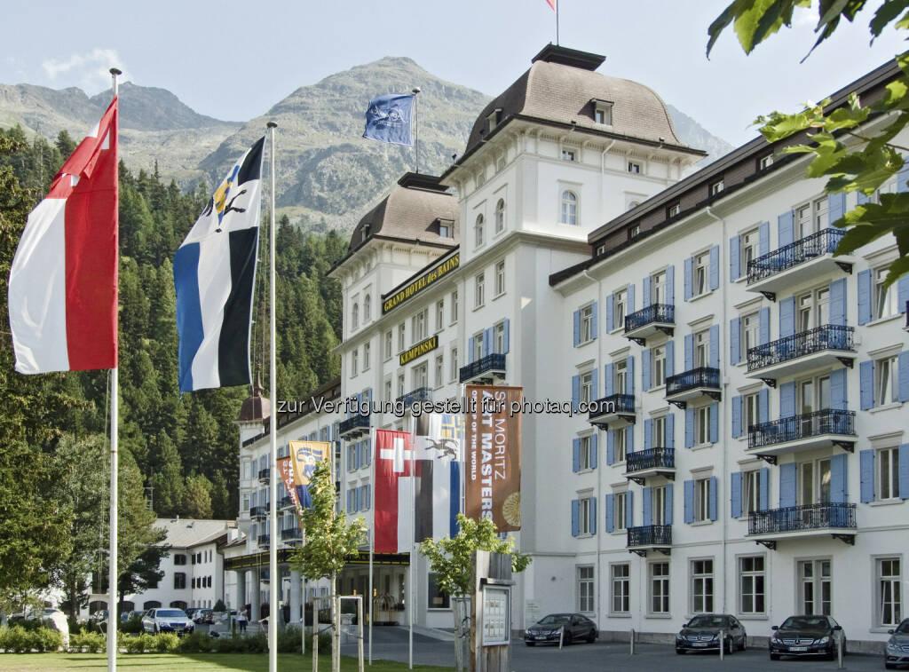 Die Immofinanz Group hat einen Kaufvertrag über 100% der Anteile an der Schweizer Les Bains de St. Moritz Holding AG, Eigentümerin des Kempinski Grand Hotel des Bains, unterzeichnet und zieht sich damit weiter aus dem nicht zum Kerngeschäft zählenden Hotelbereich zurück. Käufer ist ein internationaler Investor, die Transaktion erfolgte über Buchwert. Das Closing findet voraussichtlich im März 2013 statt, über weitere Details wurde Stillschweigen vereinbart (c) Immofinanz (18.02.2013)