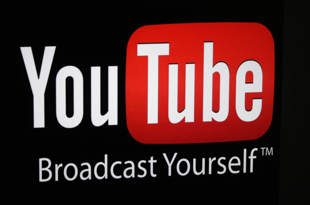 YouTube, logo, Braodcast Yourself(tm) <a href=http://www.shutterstock.com/gallery-320989p1.html?cr=00&pl=edit-00>360b</a> / <a href=http://www.shutterstock.com/editorial?cr=00&pl=edit-00>Shutterstock.com</a>, © www.shutterstock.com (17.03.2015)