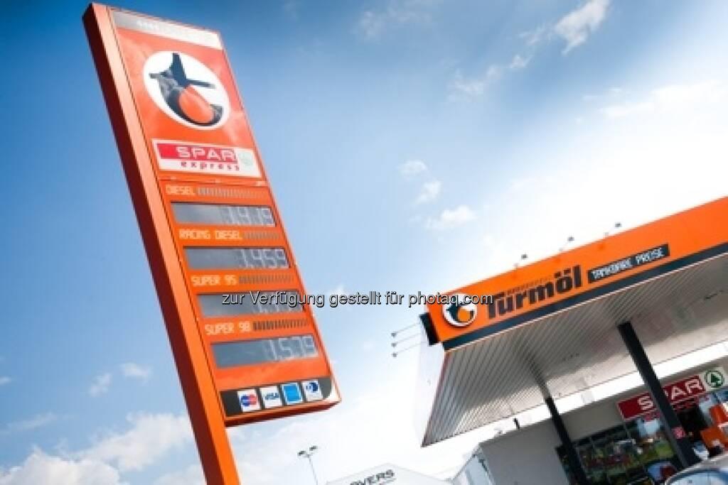 Turmöl Tankstelle - Doppler Gruppe übernimmt das Flüssiggasgeschäft der BP Austria zur Gänze (Foto: Heidemarie Pleschko) (20.02.2013)