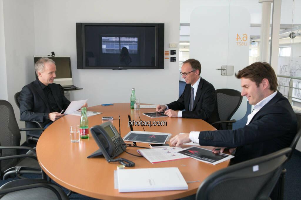 Christian Drastil, Klaus Malle (Accenture), Peter Auer (Accenture), © photaq/Martina Draper (11.04.2015)