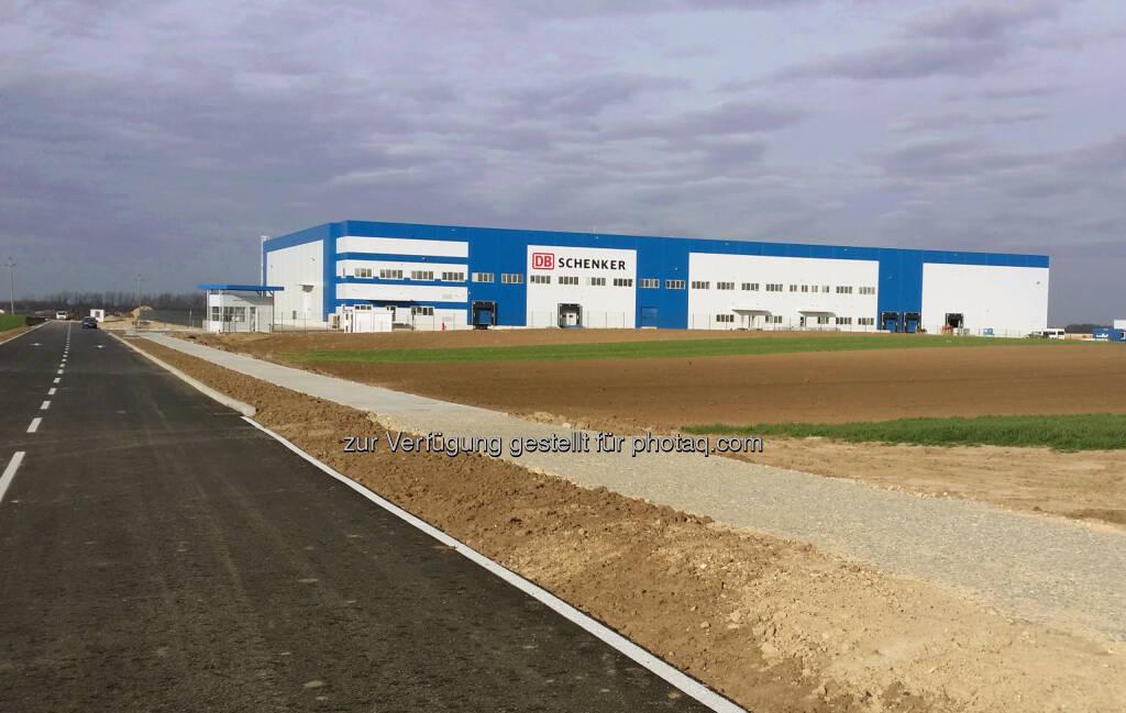 DB Schenker in Österreich: DB Schenker auf Expansionskurs: Neues Logistikzentrum in Serbien erfüllt höchste Kundenanforderungen, © Aussender (13.04.2015)