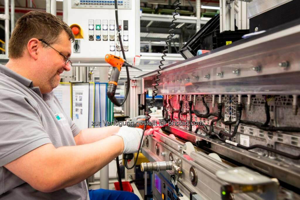 Daimler AG: Deutsche Accumotive stellt 140 Mitarbeiter ein., © Aussendung (14.04.2015)